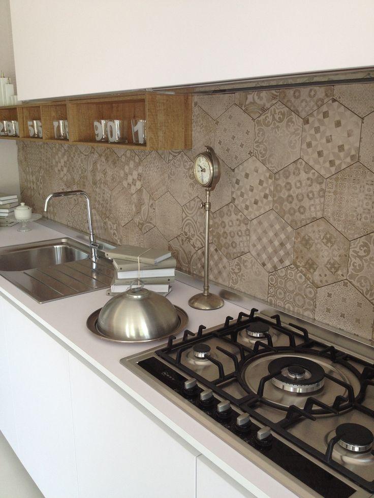 Ragno rewind decoro geometrico corda - Posa piastrelle cucina ...